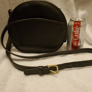 Coach early 1990s vintage black leather canteen
